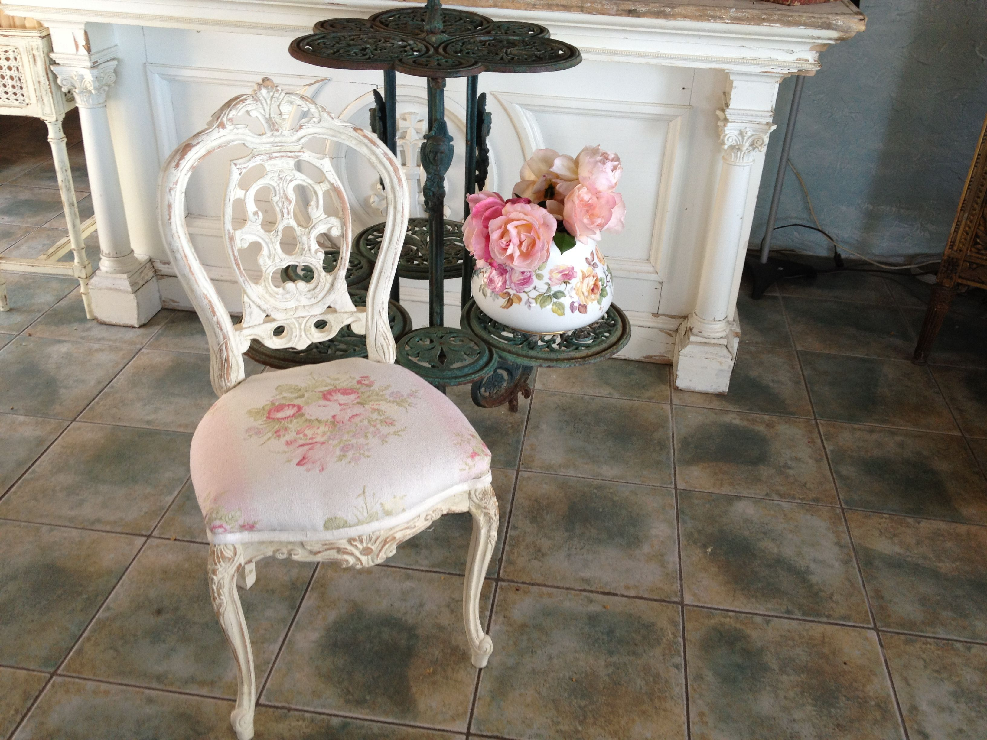 Everyone Needs A Pretty Little French Chair French Chairs Chair Paris Flea Markets