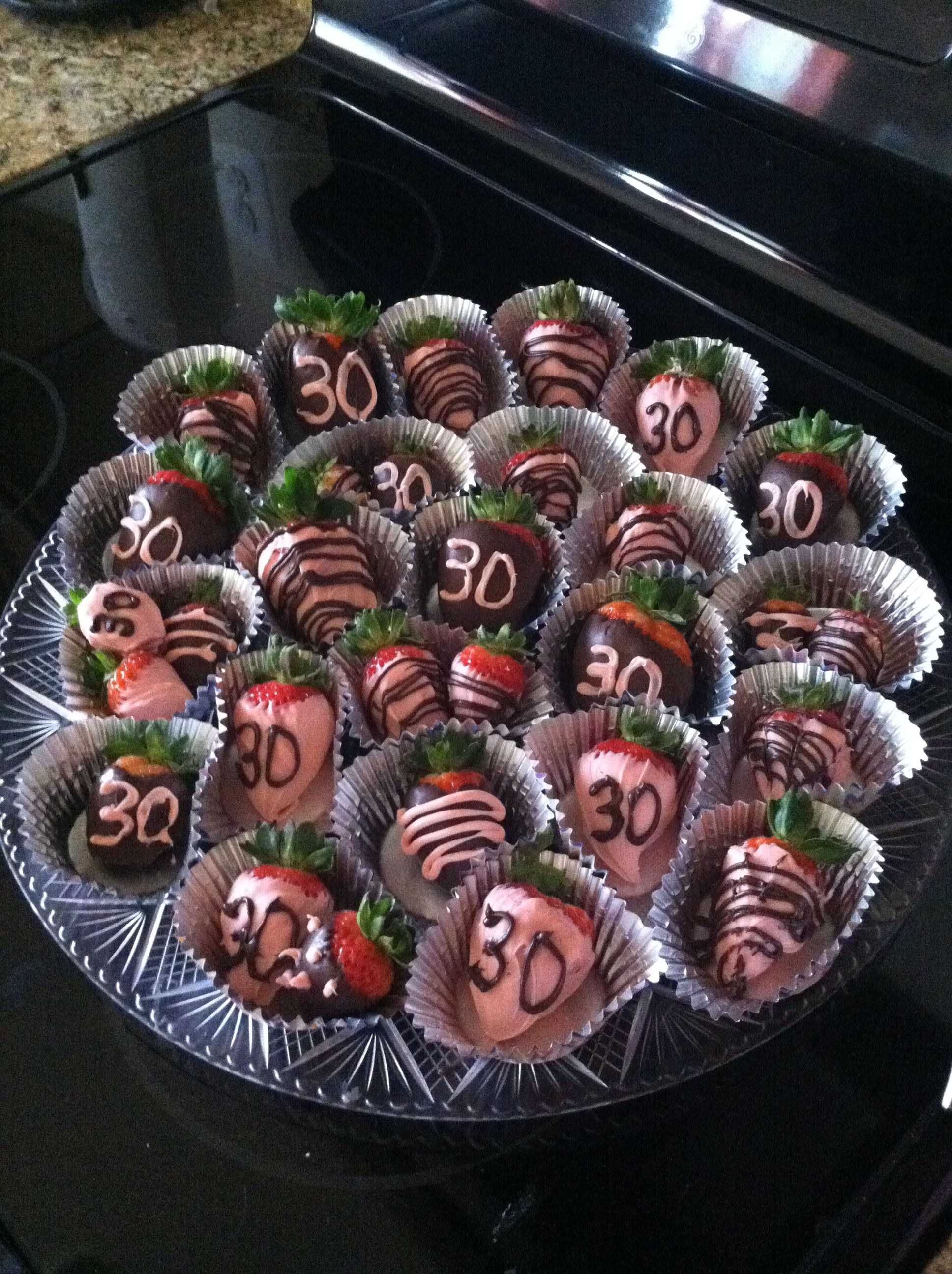 Chocolate Covered Strawberries For A 30th Birthday Party Feest