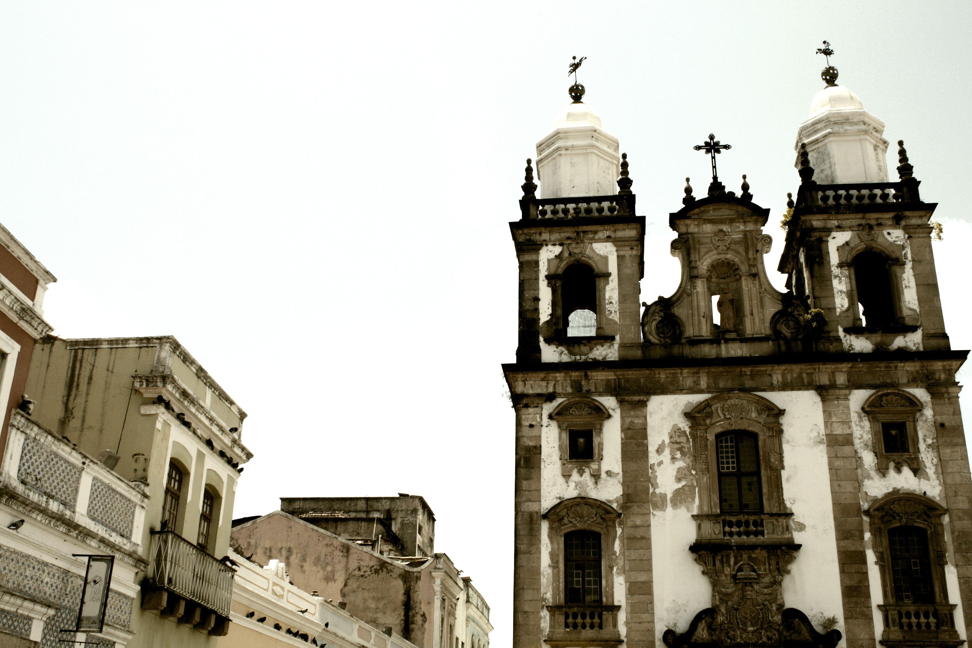 Linda cidade é o Recife.