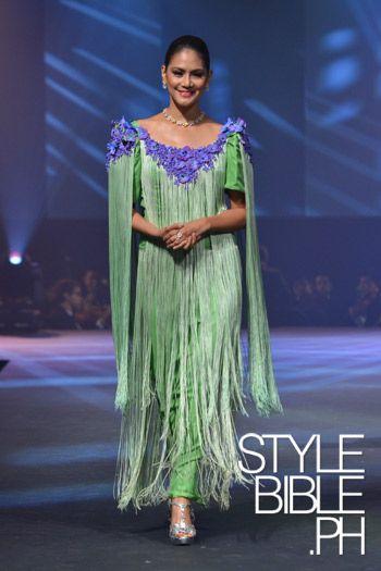 Dandy Bohemian The Pitoy Moreno Gala Filipiniana Dress Filipino Fashion Fashion People