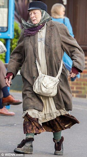 Once A Lovely Lady Caring For A Family Maggie Smith Filming Lady Stock Fashion Womens Fashion Old Women