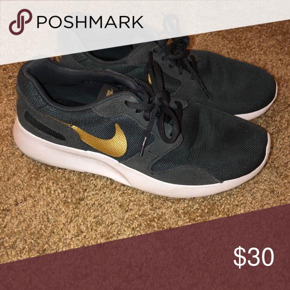 Nike tennis shoes | Nike tennis shoes