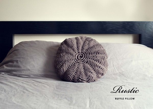 A Textured Tale: DIY Knitted and Crocheted Home Accents & A Textured Tale: DIY Knitted and Crocheted Home Accents | Crochet ... pillowsntoast.com