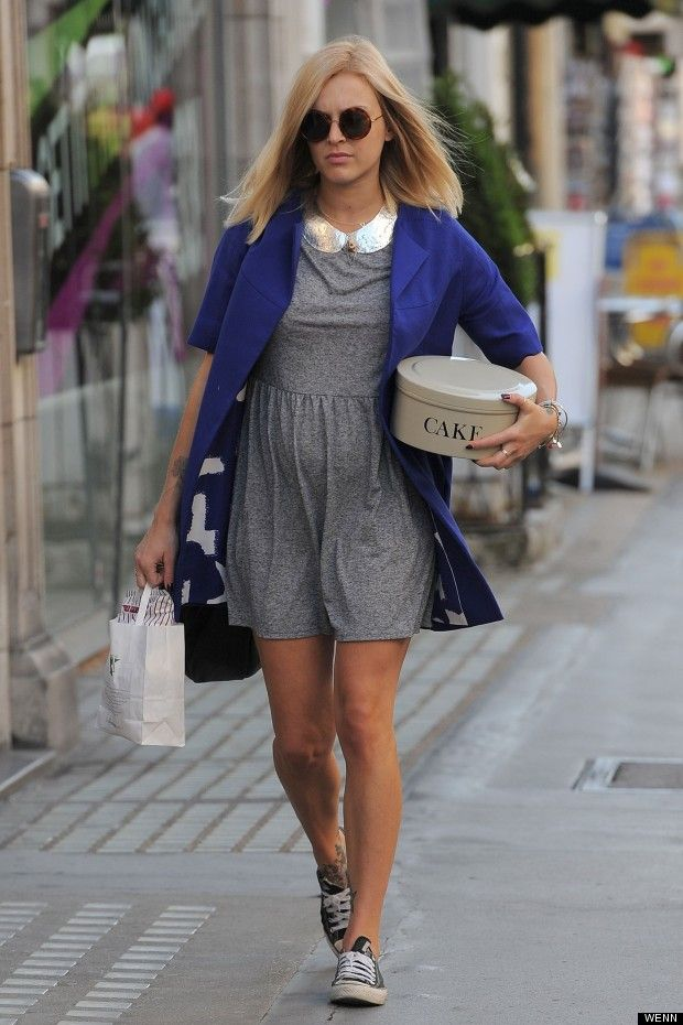 54cef3efb english tv and radio presenter fearne cotton looks cute and comfy in ...