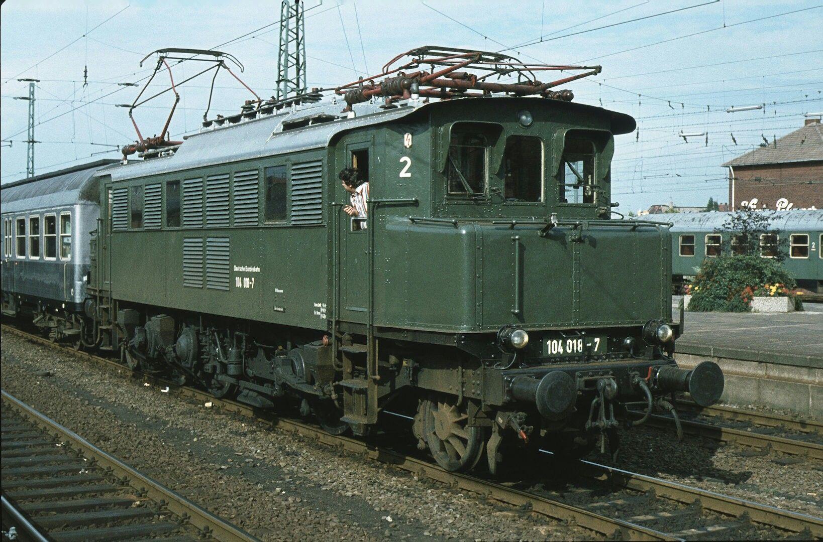 Pin von RAymond Van auf lokomotieven duitsland in 2020