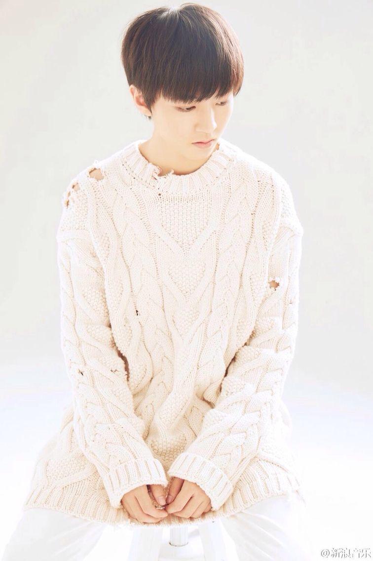 Junkai Wang New Song [tree reading] poster #王俊凯 #王俊凱 #boyband #karrywang #karry #wjk #wangjunkai #TFBOYS #teen #cpop #cute #cool #sweet #visual #handsome #chineseactor #hot #singer #actor #boy #왕준카이 #왕준개 #music #babyface #VươngTuấnKhải #わんじゅんかい #ワンジュンカイ #celebrity #star #asianstar #movie 图片cr:logo