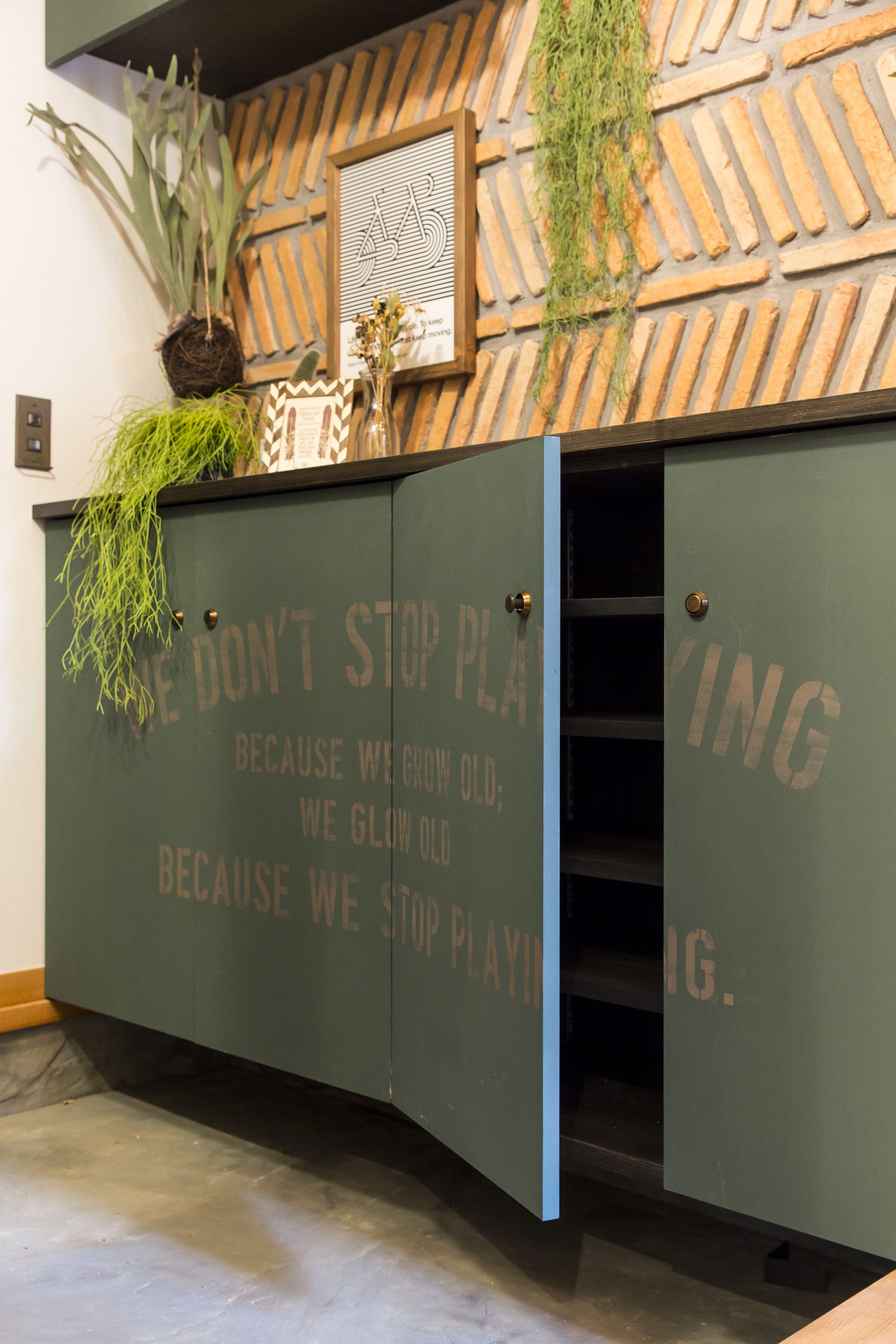 ステンシルdiyでオリジナルの玄関収納 Bino Bino Camp 中塚組