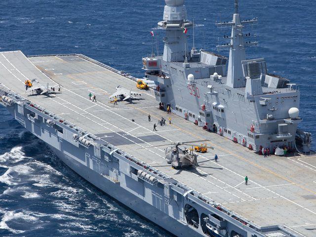 La nave cavour una portaerei stvol con designazione c - Nave portaerei ...