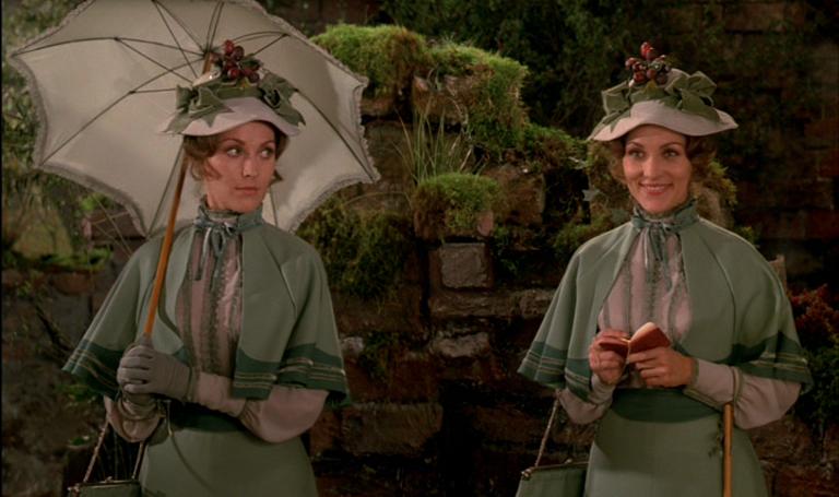 Som Henriette og Clarissa, i Hurra for de blå husarer fra 1970.