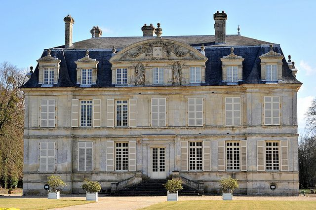 Chateau De Guiry Val D Oise French Style Homes Chateau