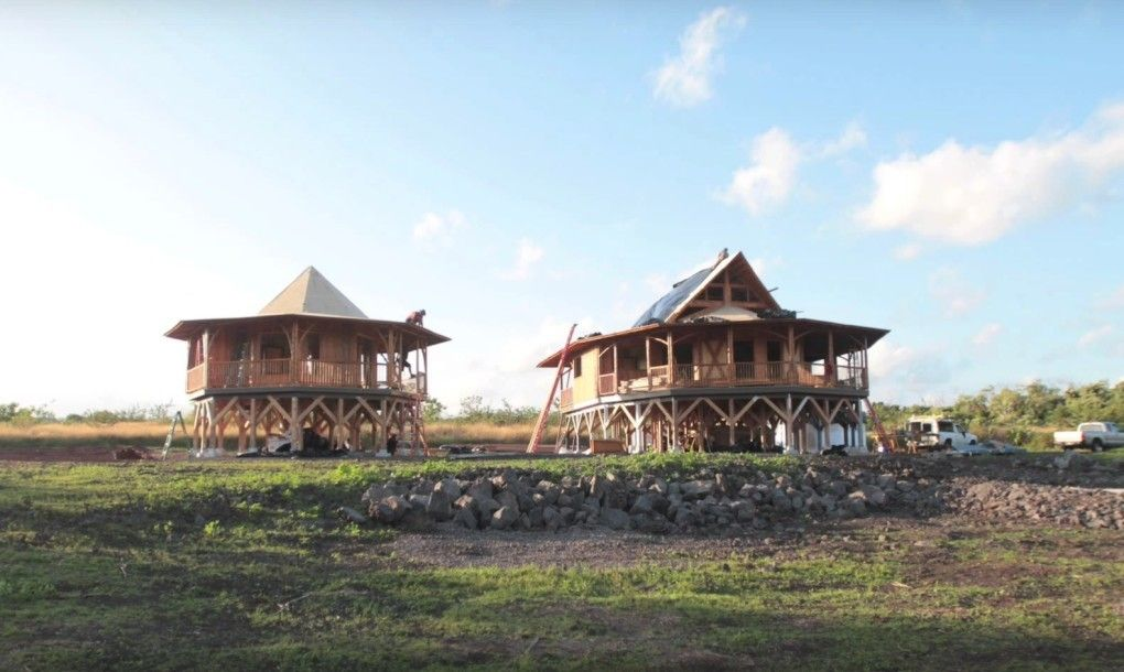 12 Brilliant Prefab Homes That Can Be Assembled In Three Days Or Less Green Magic Homes Prefab Homes Bamboo House Design