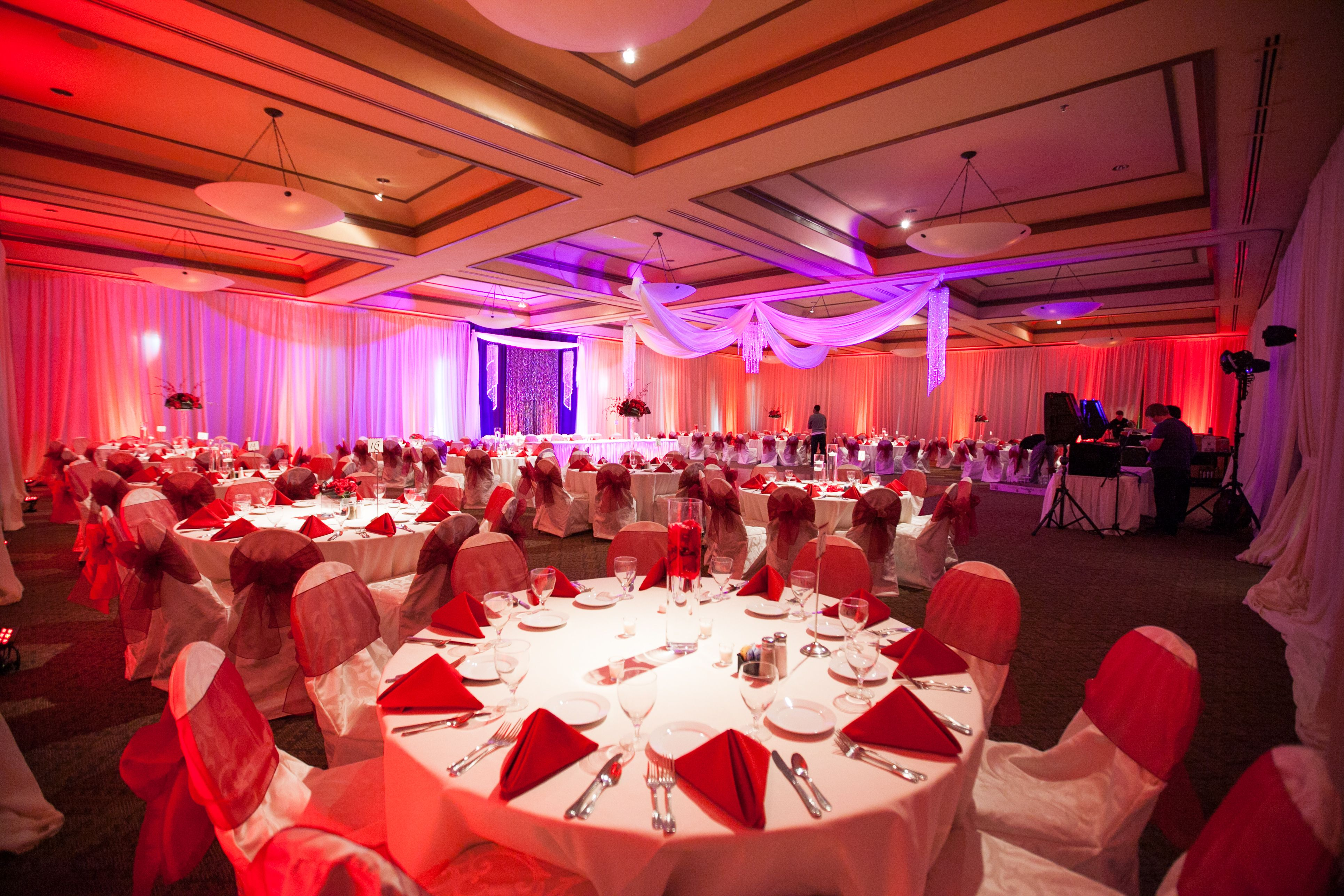 Red & White Reception | Wedding Receptions | Pinterest | Reception ...