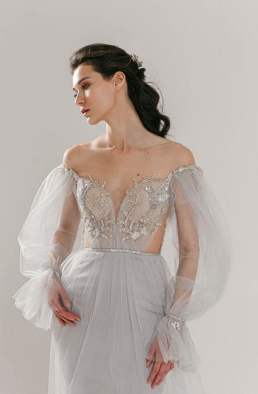 Pin by Christine Wong on ⭐Wedding gown//Evening dress⭐ ...
