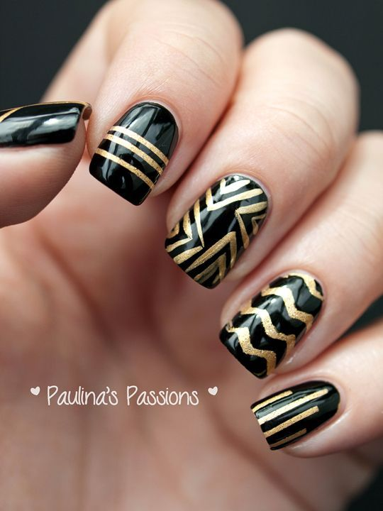 Black and gold stripes nail art - Black And Gold Stripes Nail Art Style Pinterest Nail Arts
