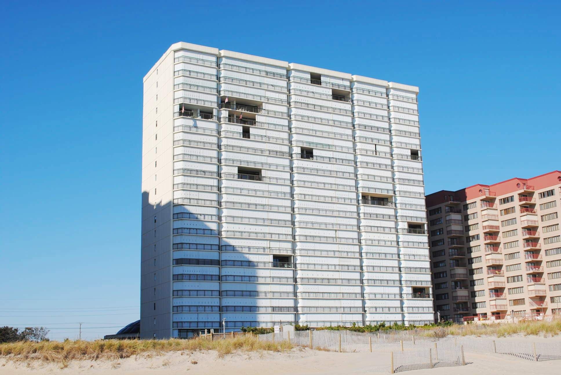 This Property Is Available For Weekly Rentals Only Available Saturday To Saturday Rentals During Summer Sea Ocean City Oceanfront Condo Condo Vacation Rentals