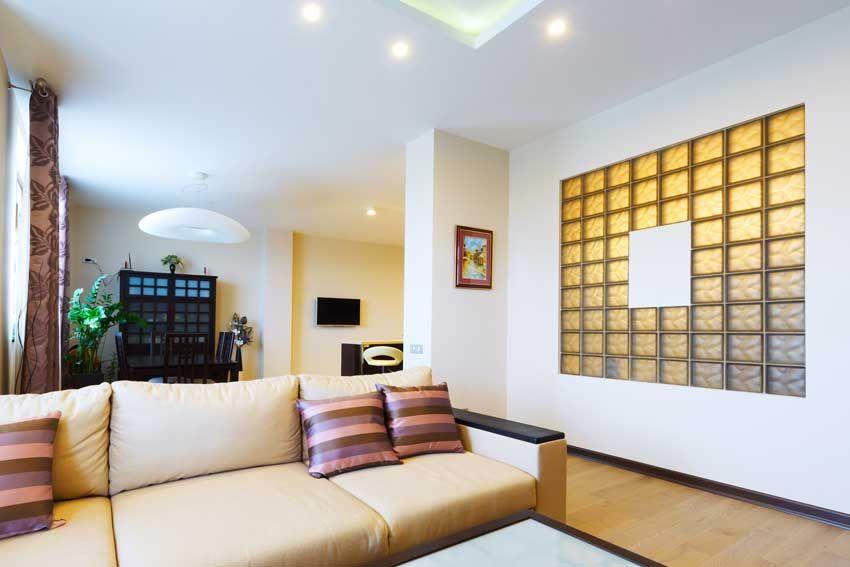 25 idee luminose per le pareti di casa con il vetrocemento ...