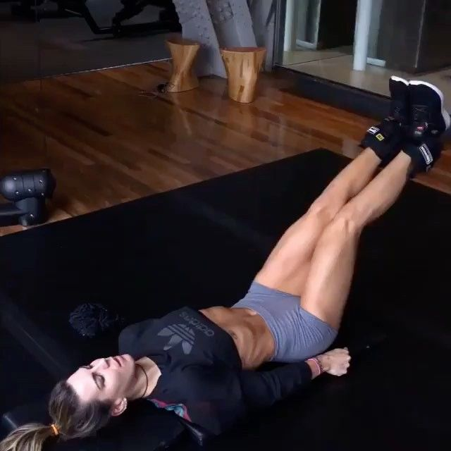 This exercise is not so easy as it seems  try it to feel your core burning  via @homeabguide #sixpackfemmes cr: @camilaguper