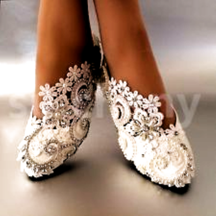 White Ivory Pearls Lace Crystal Wedding Shoes Flat Ballet Bridal Size 5 12 In 2020 Bridal Shoes Bridal Heels Wedding Shoes Lace