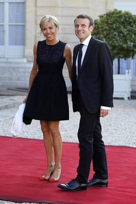 Emmanuel Macron Valittiin Sunnuntaina Ranskan Uudeksi Presidentiksi Samalla Macronin Vaimosta Brigitte Trogneux Sta Tuli Rans French Women Style Fashion Style