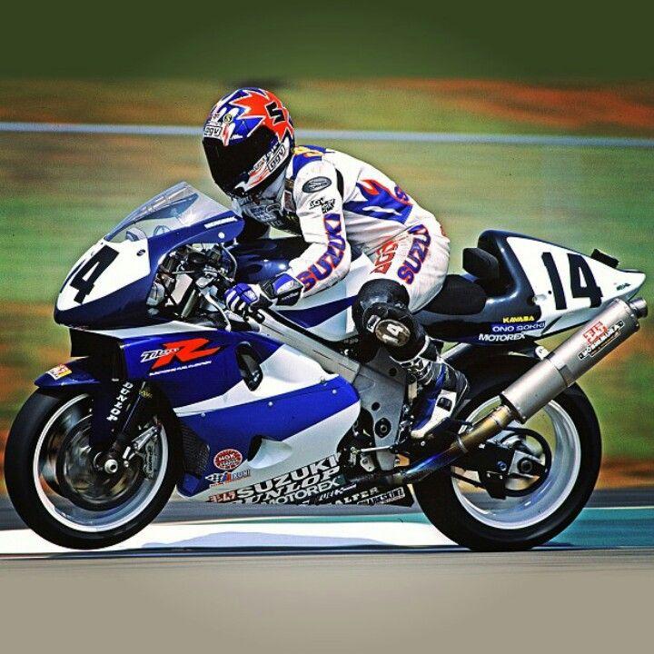 Steve Crevier On The Yoshimura Suzuki Tl1000r Racing Racing