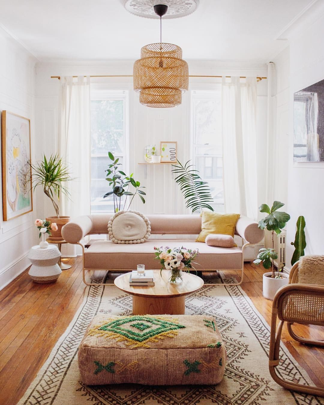 Design Your Own Living Room Free: We're In Love With This Simple And Clean Boho-inspired