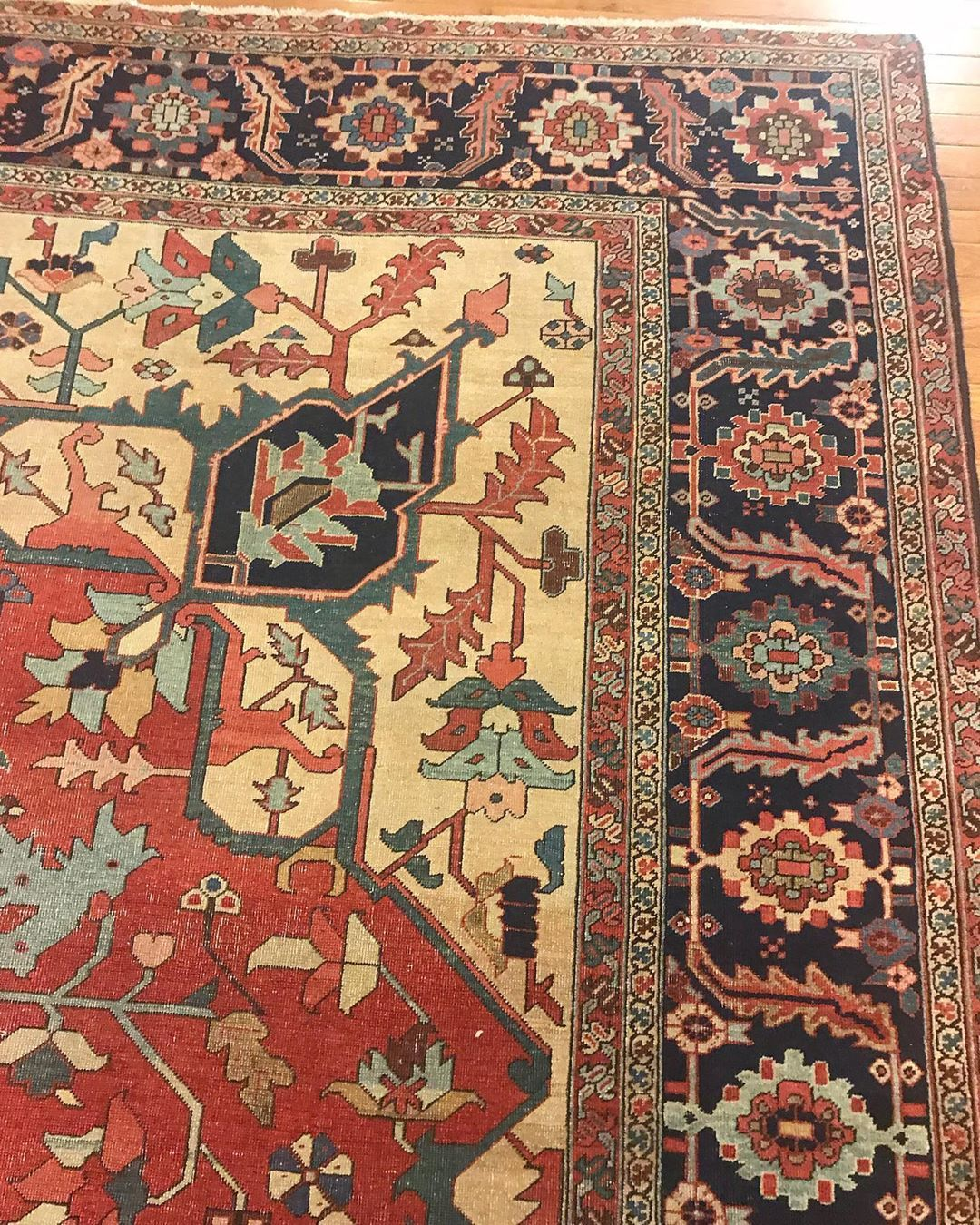 Nomads Loom Best Where Can I Sell My Oriental Rug Advisor In 2020 Afghan Rugs Rugs Rug Store