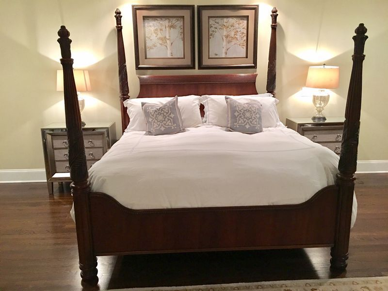 fine hemingway collection by thomasville mahogany bedroom furniture including king sized 4 post bed posts