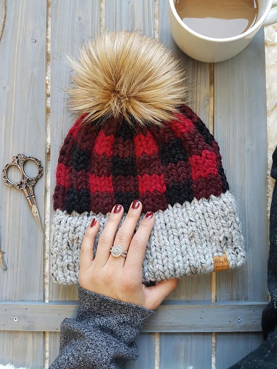 True North Toque Knitting Pattern #bonnets