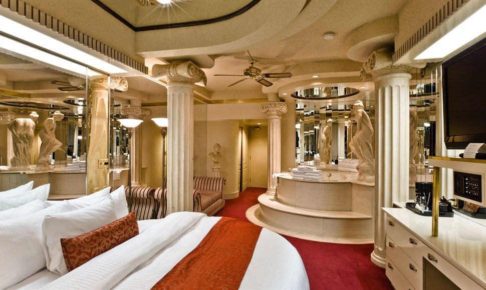 Roman Theme Fantasyland Hotel West Edmonton Mall