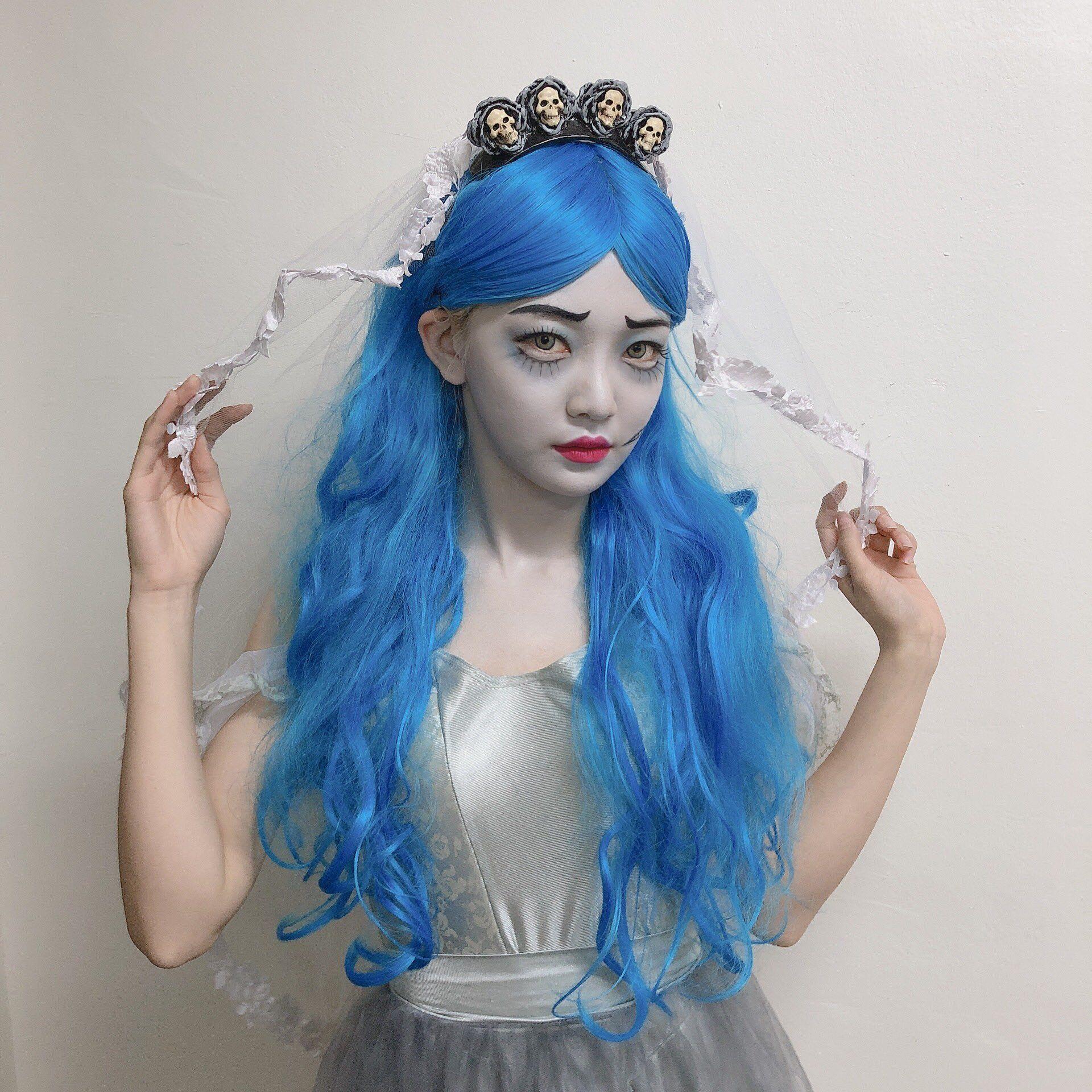 EVERGLOW(에버글로우) on Twitter Corpse bride costume, Disney