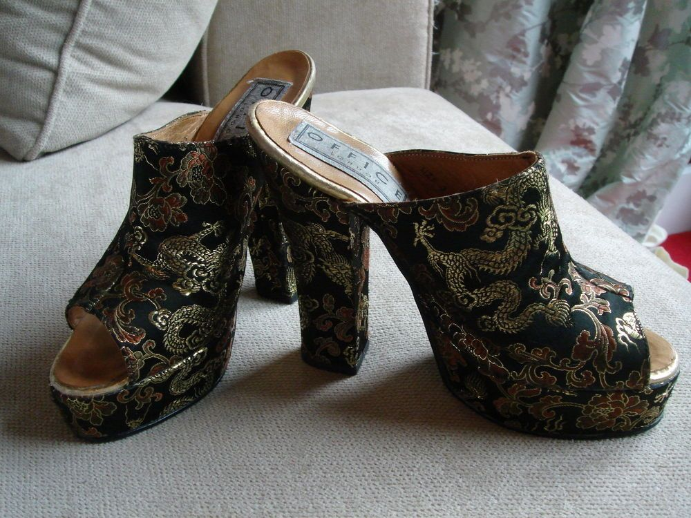 VINTAGE c1970s Office Oriental Paisley Dragon Floral Peep-Toe Mules Heels Shoes