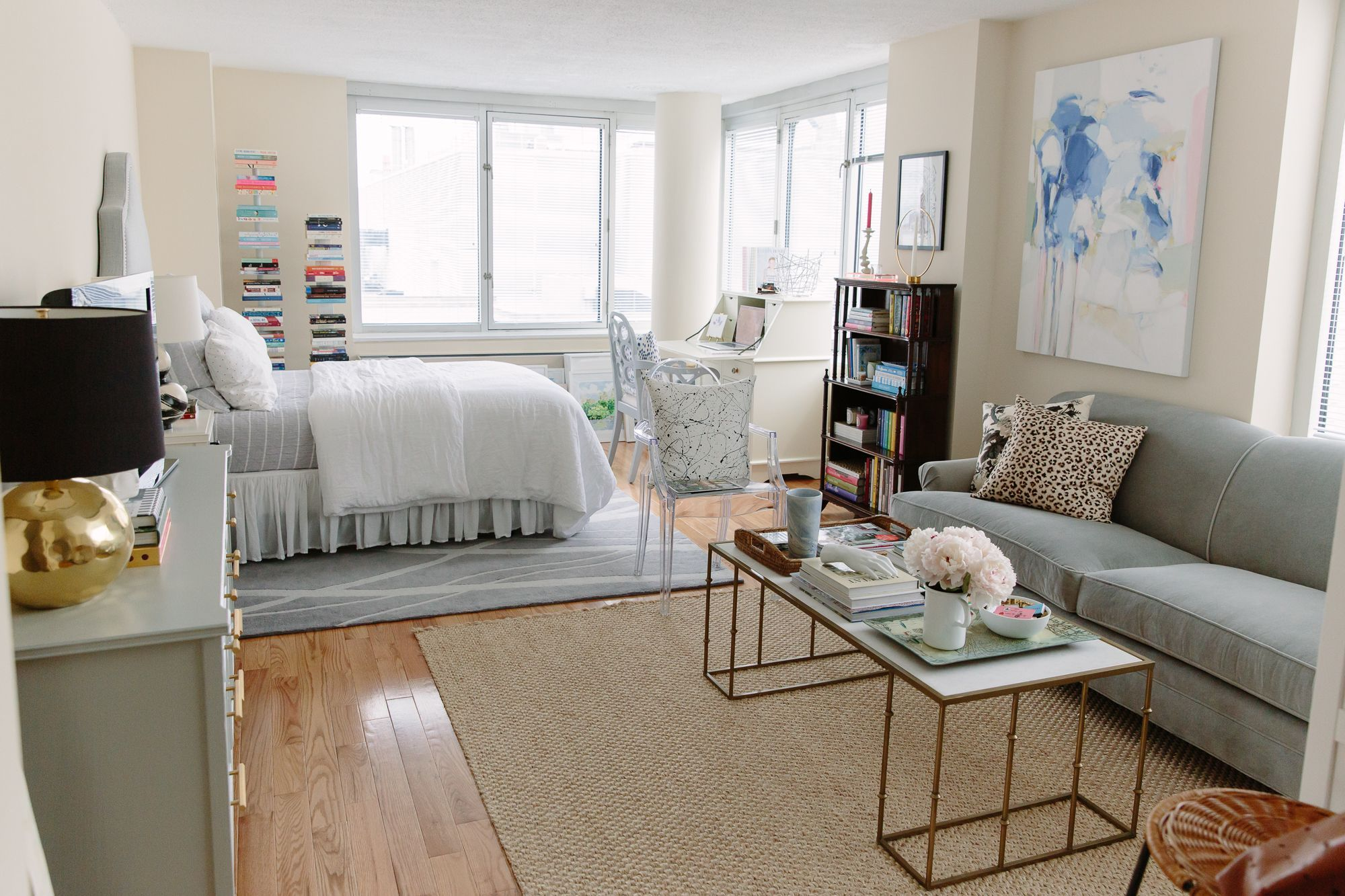 studio apartment space saving ideas #StudioApartmentIdeas ...