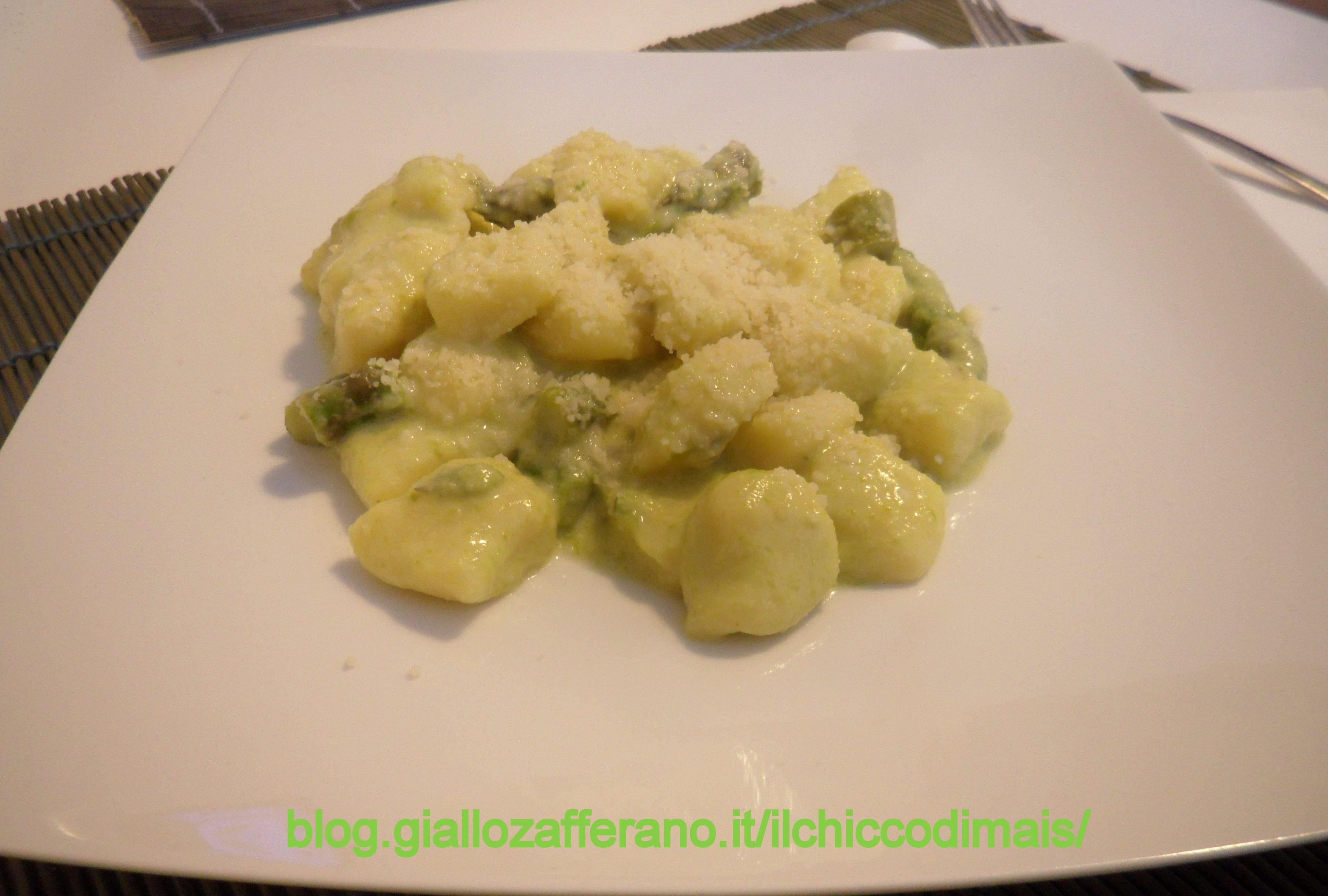 gnocchi senza glutine alla crema di asparagi e stracchino  http://blog.giallozafferano.it/ilchiccodimais/gnocchi-alla-crema-di-asparagi-e-stracchino/