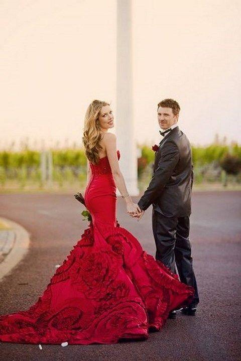 a7f494f5d 23 Preciosos Vestidos de Novia de color Rojo