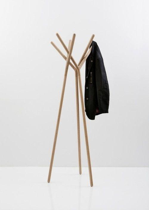 ideen für kleiderständer praktisch schön schlicht holz | Inside Out ...