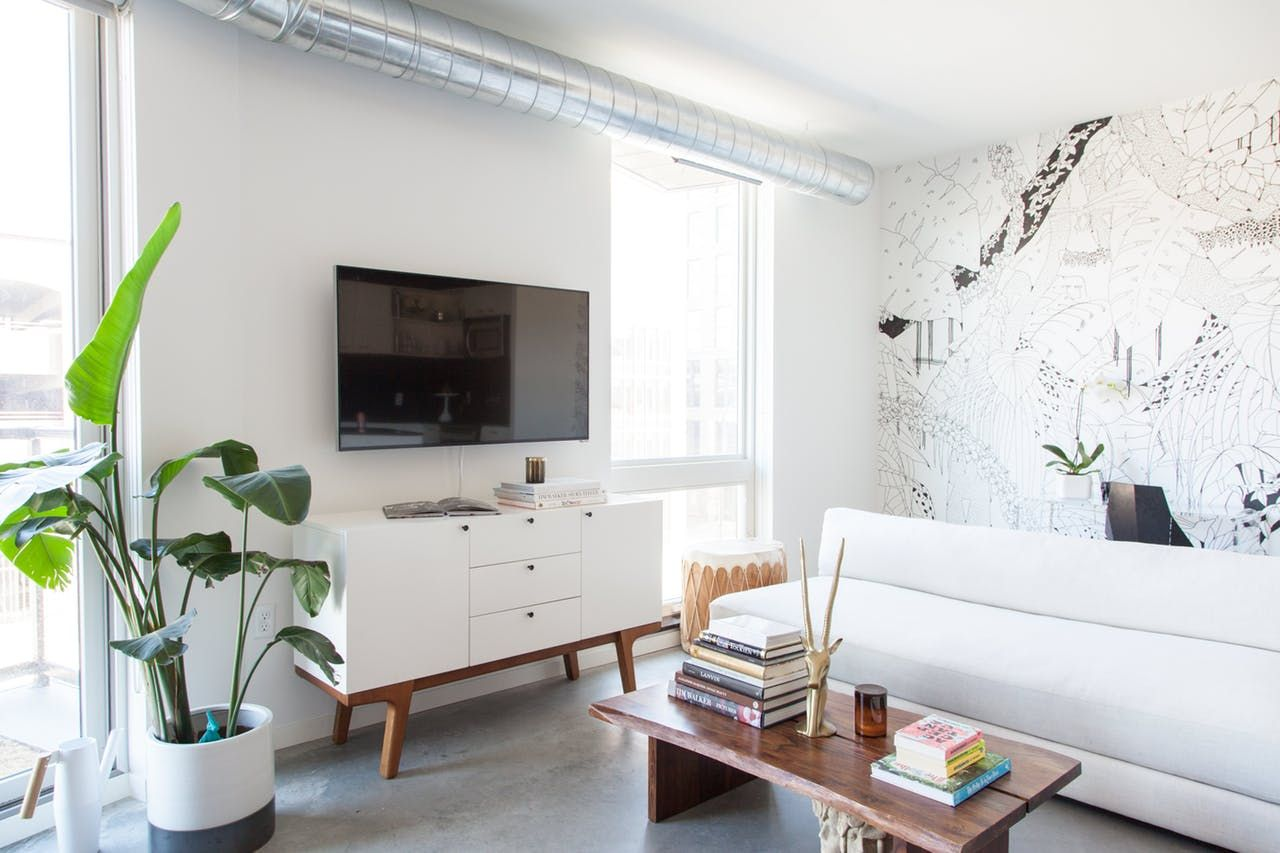 House Tour: A Black & White Minimal Minneapolis Loft | Minneapolis ...