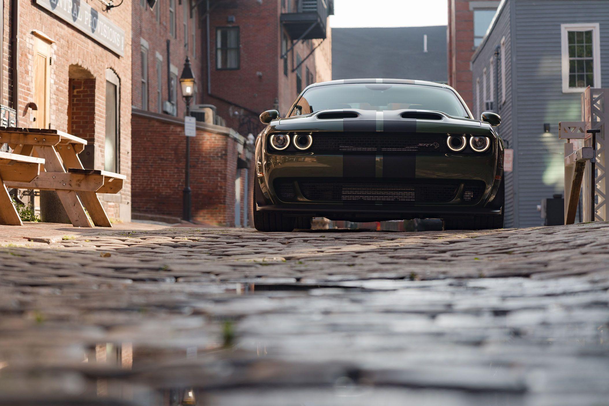 2019 Dodge Challenger Srt Hellcat Redeye Driving Review Dodge Challenger Srt Hellcat Challenger Srt Hellcat Dodge Challenger