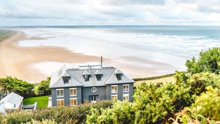 Is This The Uk S Chicest Surf Destination Marie Claire Uk In