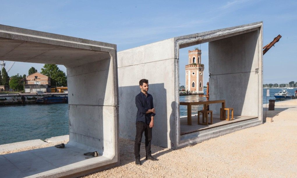 Stripped Down Modular Gomos Homes Inspired By Sewage Pipes Pop Up In Venice Concrete Architecture Concrete House Building A Container Home