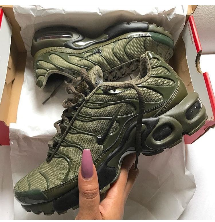 olive airmax plus | Shoes, Boots