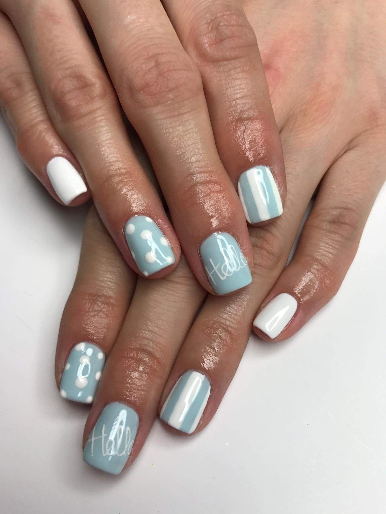 Manicure Hybrydowy Pomysly Na Paznokcie Bialo Niebieskie With
