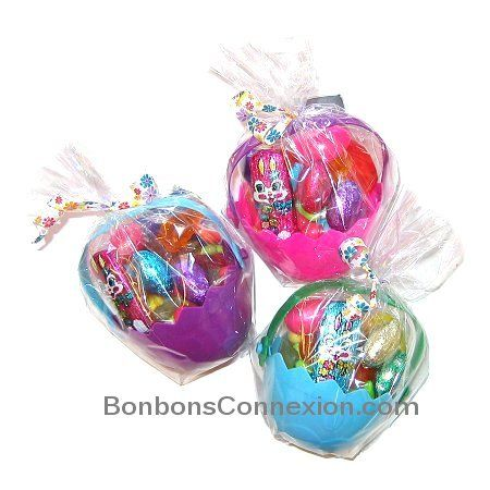 Easter candy basket panier cadeau pques eastercandybasket assortment of easter chocolate and candy gift baskets negle Choice Image