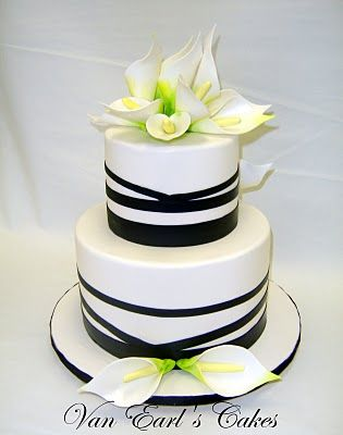 Black And White Calla Lily Cake With Images Lily Cake Calla
