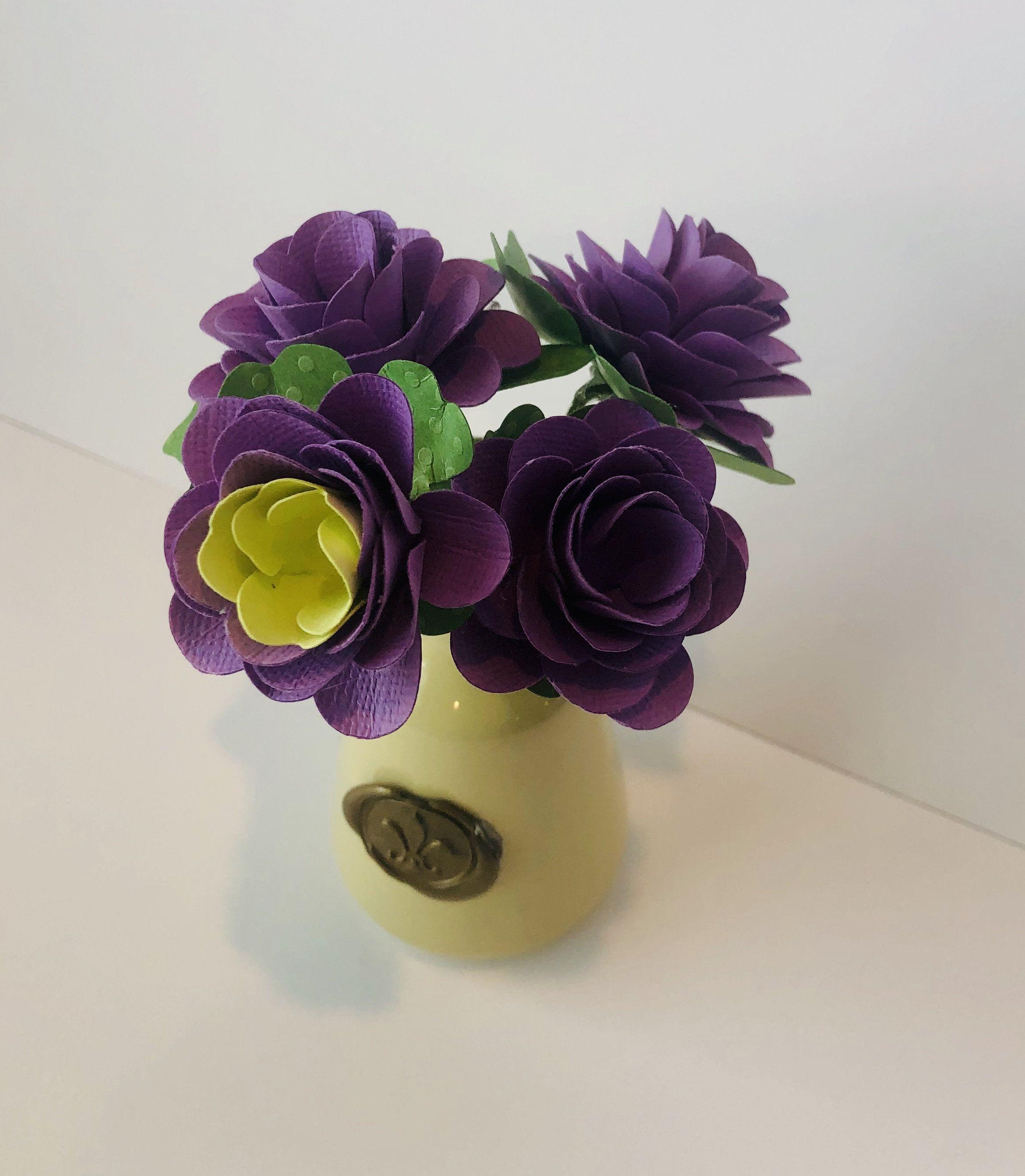 Mini Vase With Paper Flower Bouquet Hand Sculpted 3d Paper