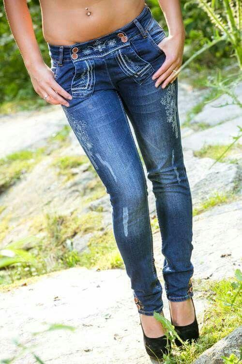 Damen Jeans im Trachten-Look von hangOwear