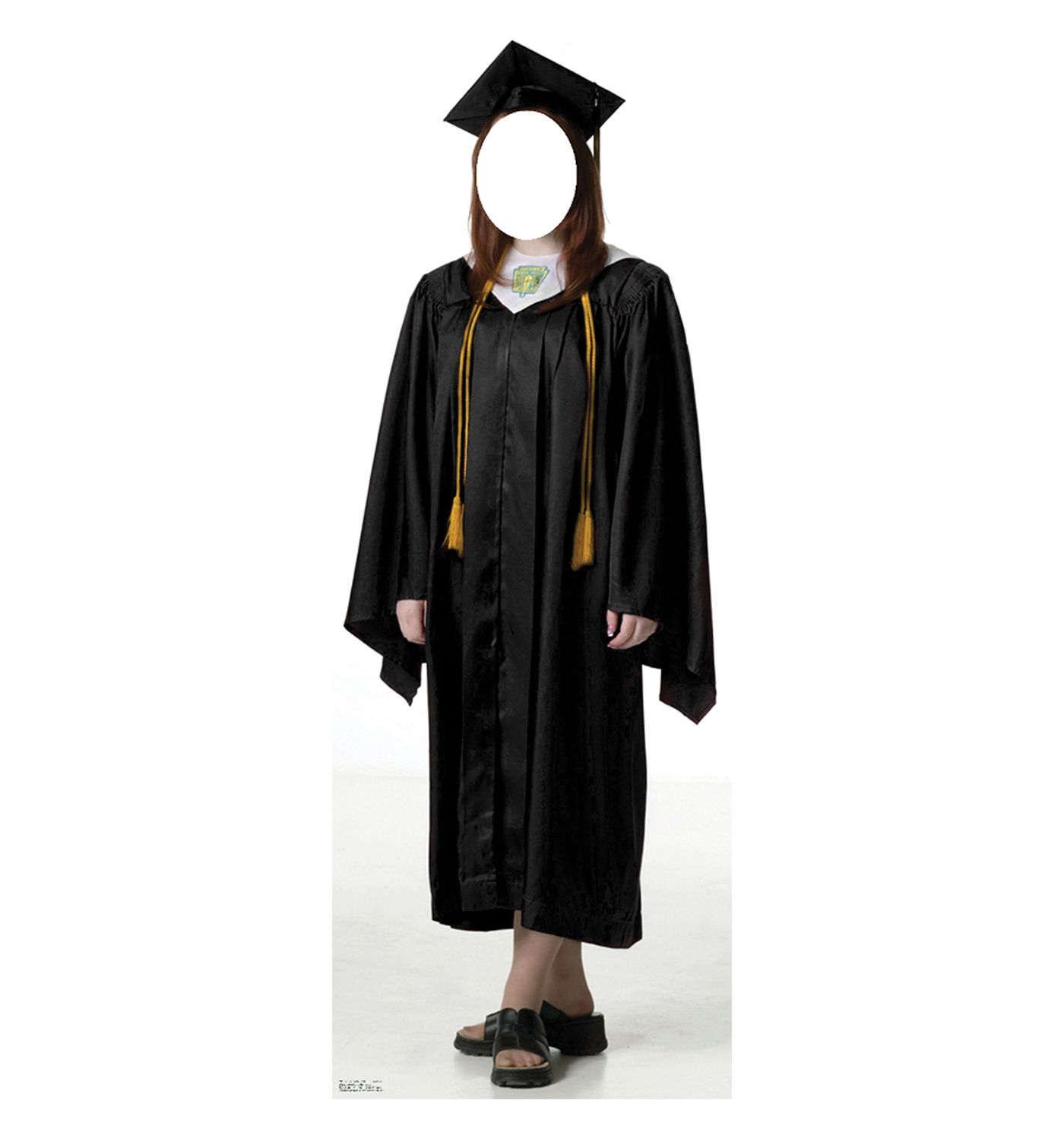 Female Graduate Black Cap and Gown | Products, Gowns and Cap d'agde