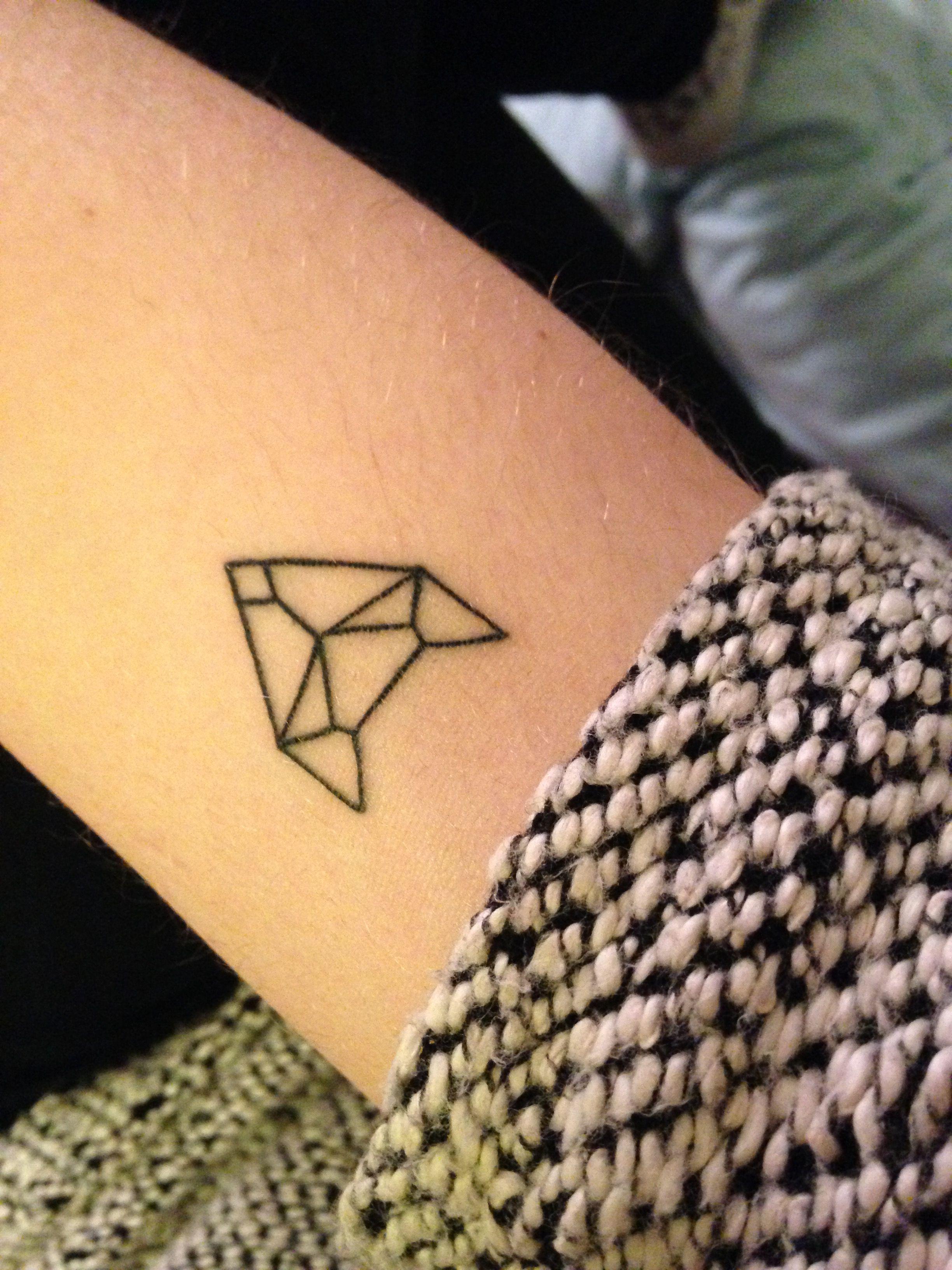 Tatouage Geometrique Renard Origami Discret Tatouage Tatouage
