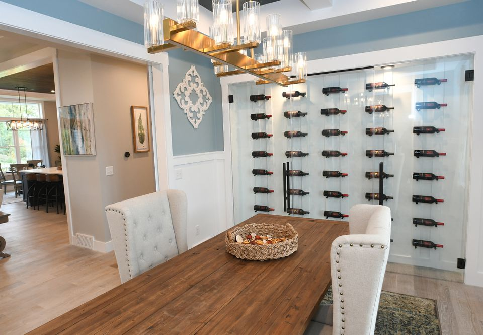 Wine Wall Design Wineracks Com, Wine Pictures For Dining Room