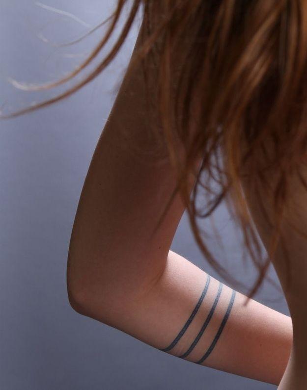 Tatuaż Wokół Ramienia T A T O O Tatuaż Tatuaże Na