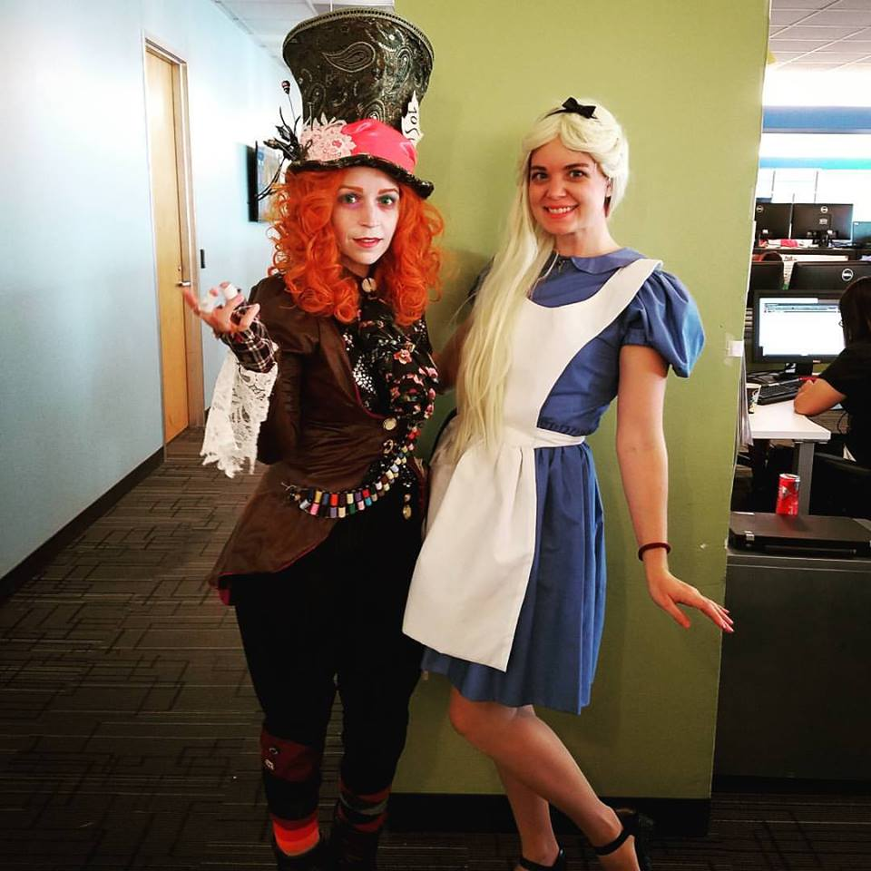 55 Amazing Office Halloween Costume Ideas That Are Office